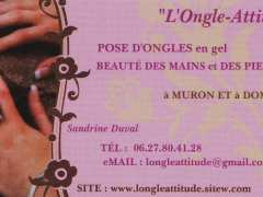 photo de pose d'ongles
